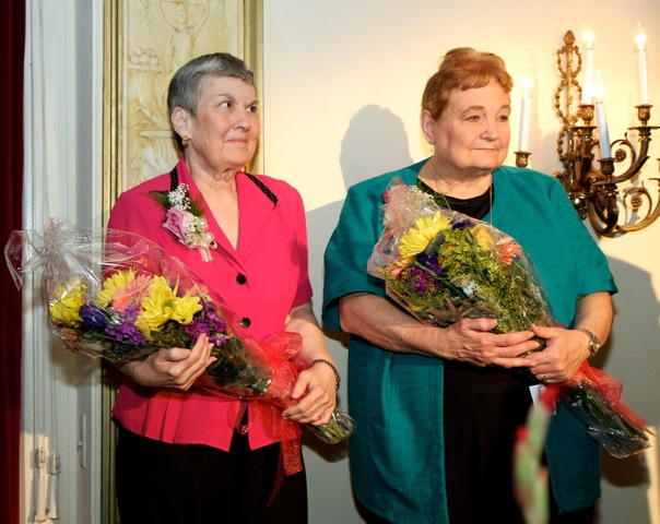 Chairladies Ruth Punturi (left) and Peggy Keene