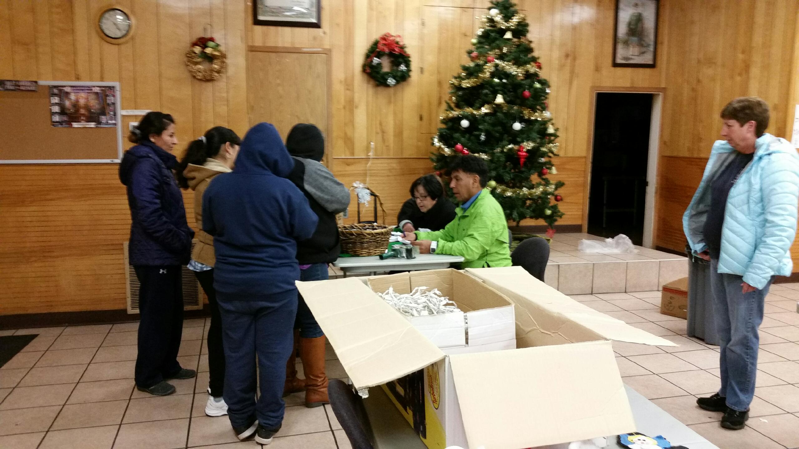 St. Olaf\'s LOC Share Christmas With Their Community - Ladies of ...